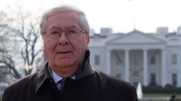 Mervyn King in front of the White House