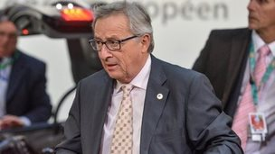 Jean-Claude Juncker arrives for summit (18 Dec)