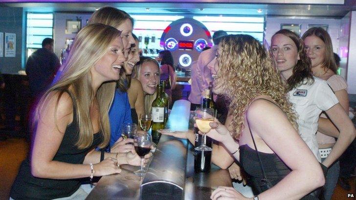 Women in a bar