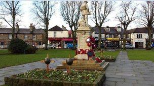 Warlingham Green war memorial