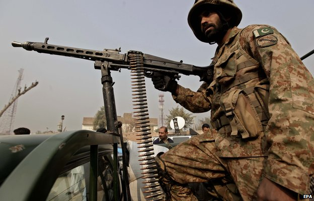 Pakistan forces 'kill five Taliban'...