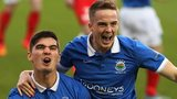 Jimmy Callacher and Aaron Burns were both on target for Linfield against Portadown