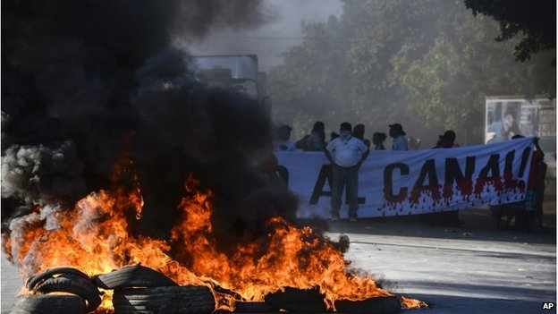 Protest against Nicaragua's planned inter-oceanic canal, Managua, 22 November 2014