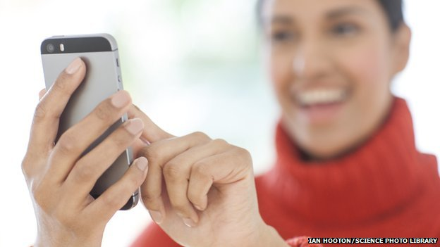 Smartphone use 'changing our brains'