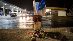 Memorial at site of shooting of Antonio Martin, Berkeley, 24 December 2014