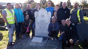 Volunteers clean-up graves at Caernarfon
