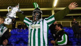 Blyth Spartans fan with a homemade FA Cup