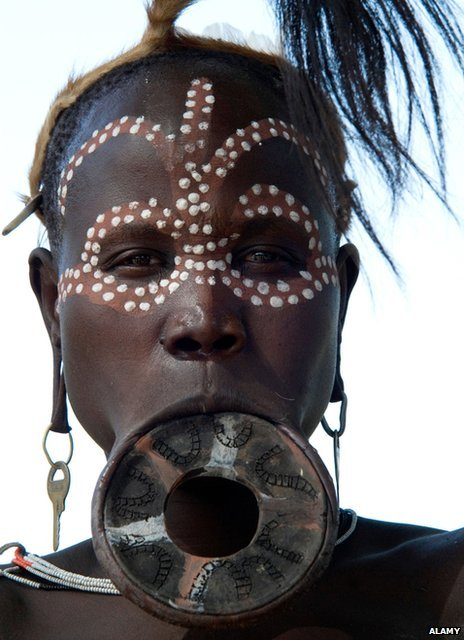 Mursi woman with lip plate