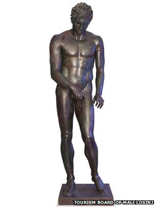 Bronze, Hellenistic or Roman replica after a bronze original from