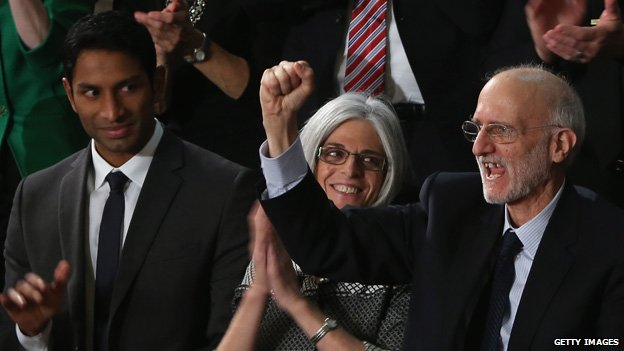 Alan Gross (right) at the State of the Union speech in the House chamber of the US Capitol on 20 January, 2015