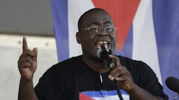 Cuban dissident Jorge Luis Garcia Perez speaks during a protest against President Barack Obama's plan to normalise relations with Cuba on 20 December, 2014, in Miami
