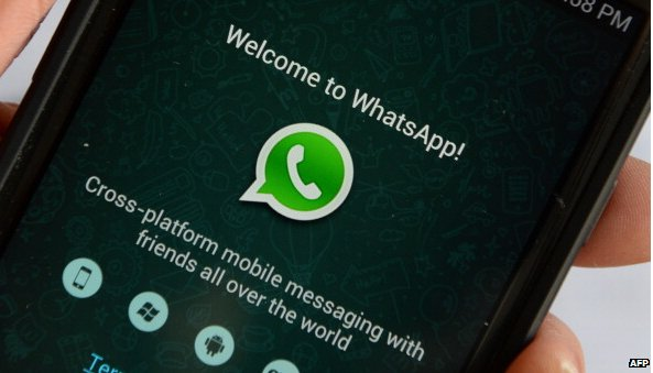 WhatsApp on a Samsung phone