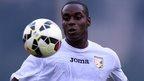 Leeds sign Palermo midfielder Ngoyi