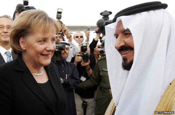 German Chancellor Angela Merkel is welcomed by Saudi Crown Prince Sultan bin Abdul Aziz upon her arrival to Riyadh on 4 February 2007.