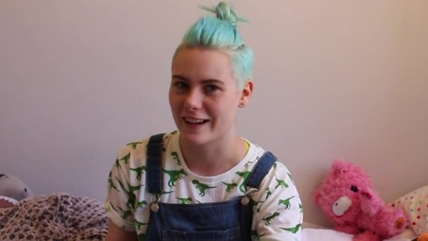 Robyn during one of her vlogs