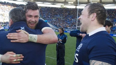 Ryan Wilson and Ryan Grant celebrate with Scotland