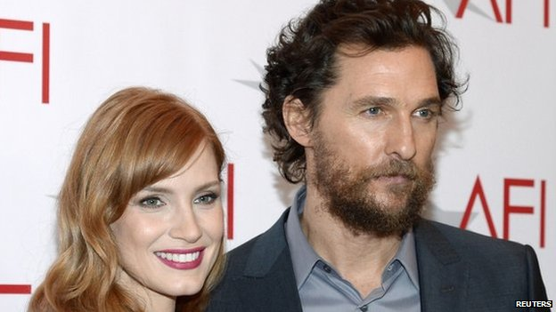 """Actress Jessica Chastain and actor Matthew McConaughey, co-stars of the nominated film """"Interstellar"""", pose at the AFI Awards 2014 honoring excellence in film and television in Beverly Hills, California on January 9, 2015"""