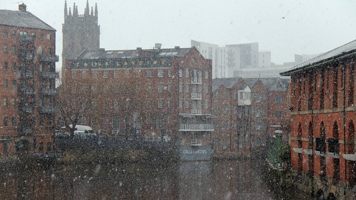 Snowy Leeds waterfront