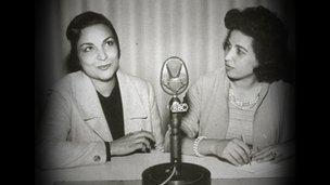 Nuha Batchoon interviewing Egyptian writer Gathibya Sidqi for Women's Corner in 1960