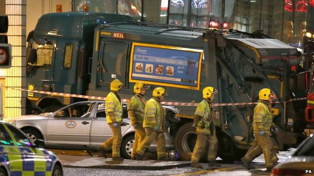 The bin lorry crashed into the side of a hotel