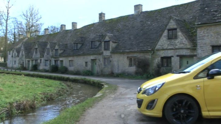 Car in Bibury
