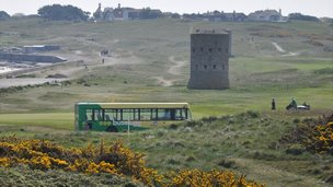 Guernsey bus at L'Ancresse Common