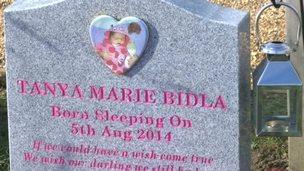 Tanya's grave at Kidlington cemetary