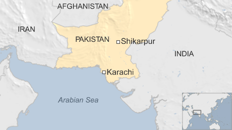 80671719 pakshikarpur0115 - Pakistan mosque blast: Mass funeral for Shia victims
