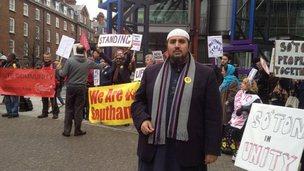 Muslim broadcaster Mo Ansar