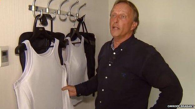 Staas de Wijs with the bulletproof vests