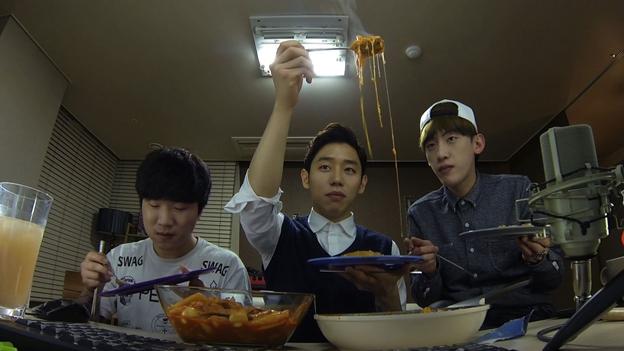 [Image: _80780937_noodles.jpg]