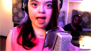 BBC News - #BBCtrending: The 'inspirational' teen singer with Down's syndrome