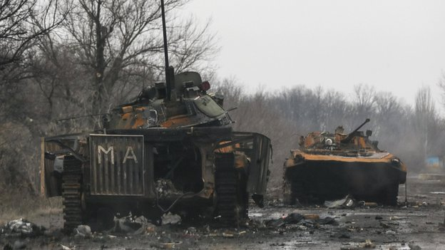 Armoured vehicles destroyed in fighting between Ukrainian government forces and separatists in Vuhlehirsk 6 February 2015.