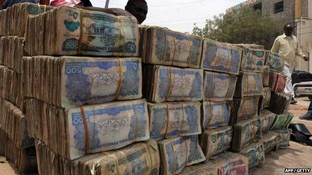 Somalia Decides To Go Cashless As Mobile Money Overtakes ... |Somali Money
