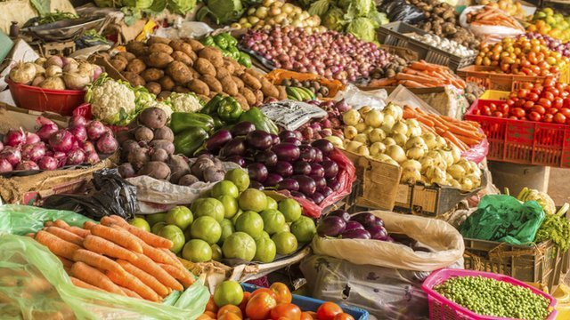 Mediterranean diets may help reduce the risk of heart attacks, researchers say