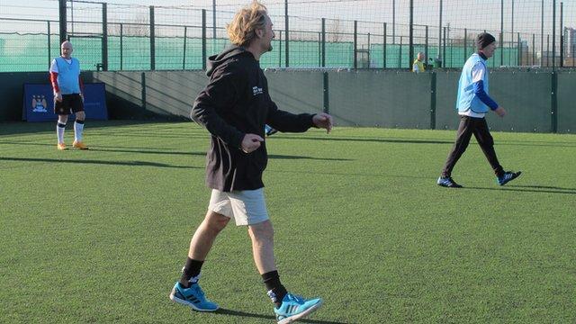 Carl Fogarty tries walking football