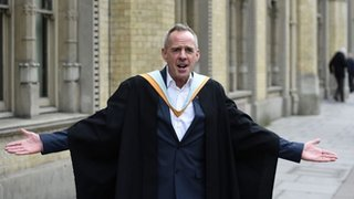 BBC News - DJ Fatboy Slim gets Brighton university award