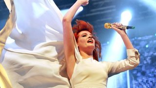 BBC - Newsbeat - Florence & The Machine to top first Bestival in Canada