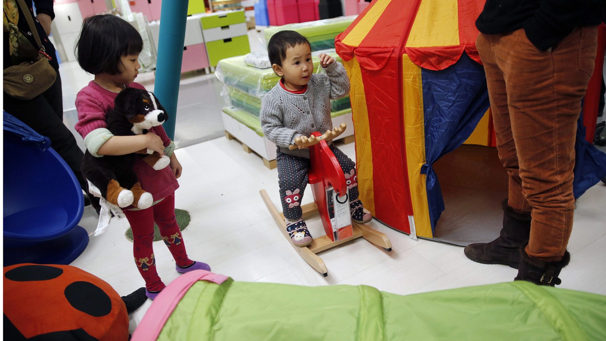 chinas one child policy should it be abolished essay China's ruling communist party has decided to abolish the country's one-child policy and allow all couples to have two children, the official xinhua news agency said.