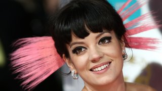 BBC - Newsbeat - Lily Allen posts picture of abusive text sent by 'hacker'