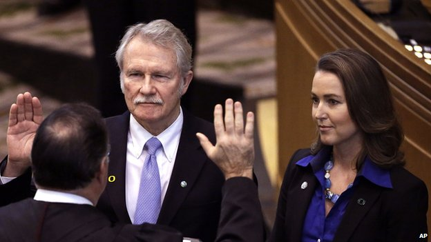 Oregon Governor John Kitzhaber and his fiancee, Cylvia Hayes