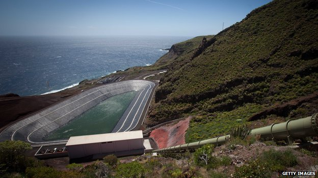 Reservoir on El Hierro used for energy storage