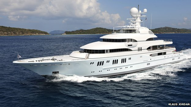 TV Yacht powering through sea