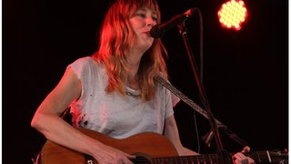 BBC News - Beth Orton tackles lack of women in music industry