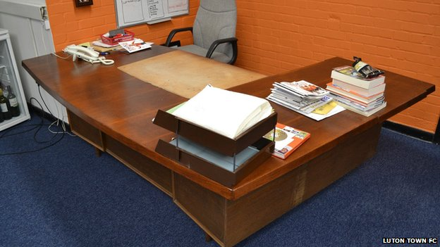 Bbc News Luton Town Manager 39 S Desk For Sale On Ebay