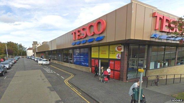 Bbc News Gordon Brown Holds Talks Over Kirkcaldy Tesco