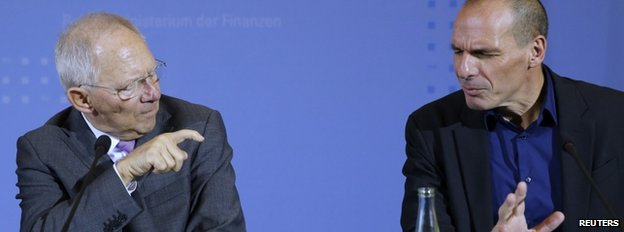 Greek Finance Minister Yanis Varoufakis (right) and German Finance Minister Wolfgang Schaeuble address a news conference following talks at the finance ministry in Berlin, 5 February