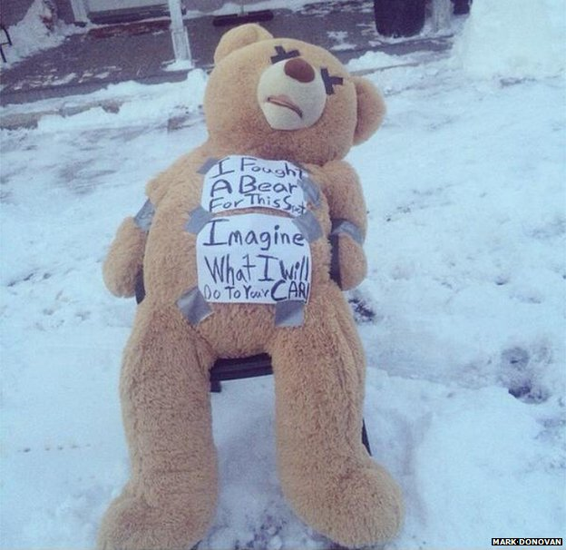 Bear with note