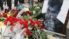 Floral tributes top Boris Nemtsov