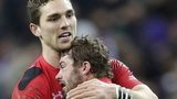 George North and Leigh Halfpenny celebrate